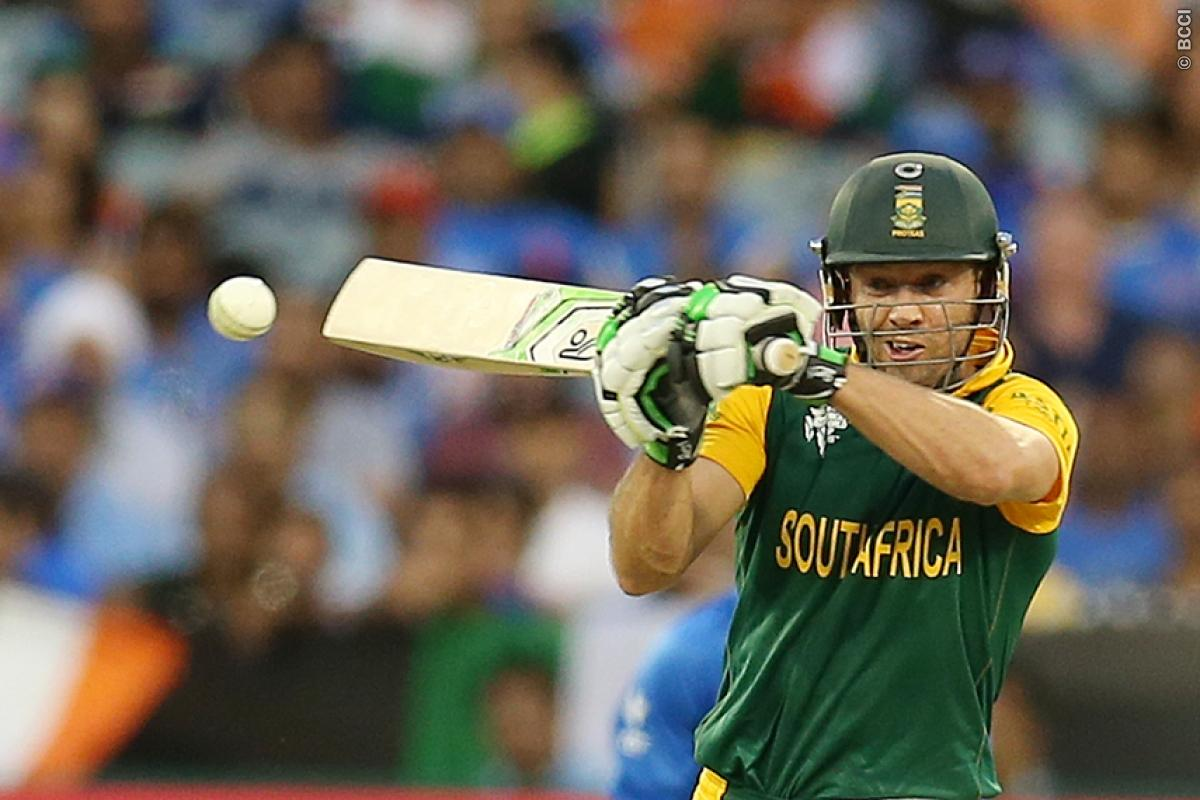 Why AB de Villiers failed to pull off a MS Dhoni?