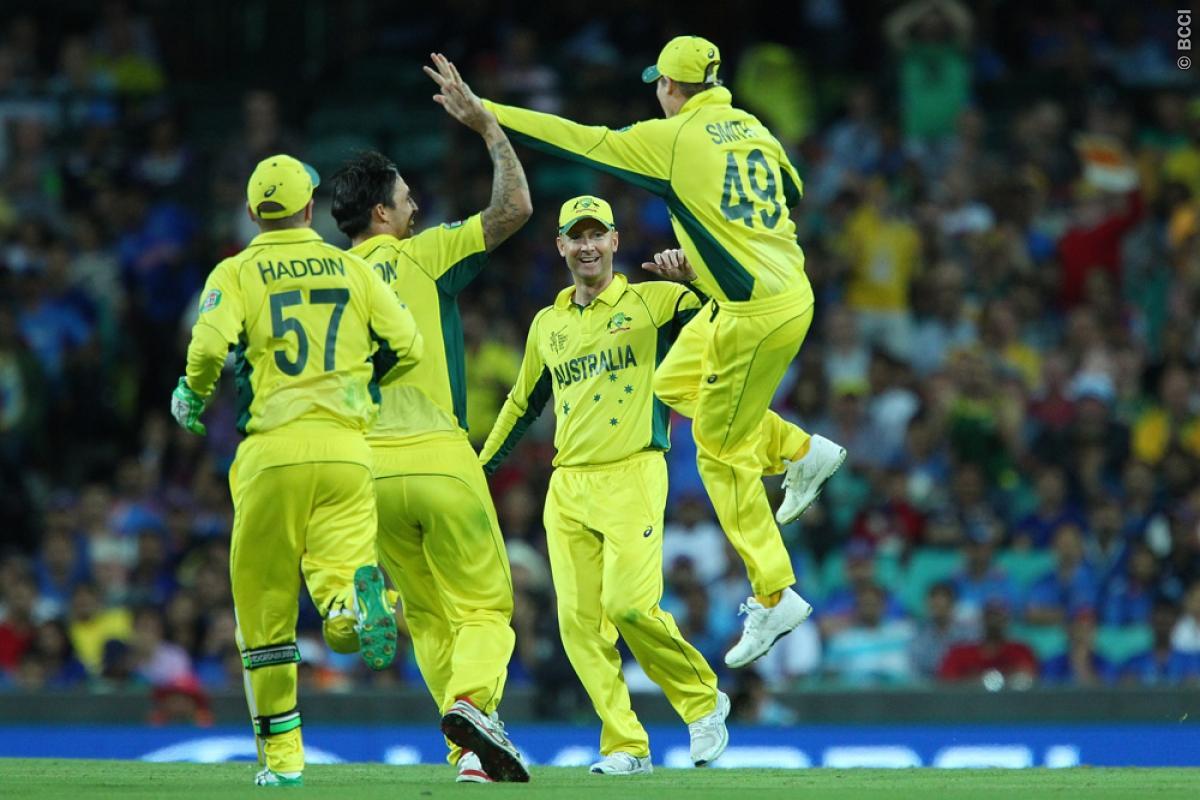 Smith, Johnson guide Australia to outplay India by 95 runs