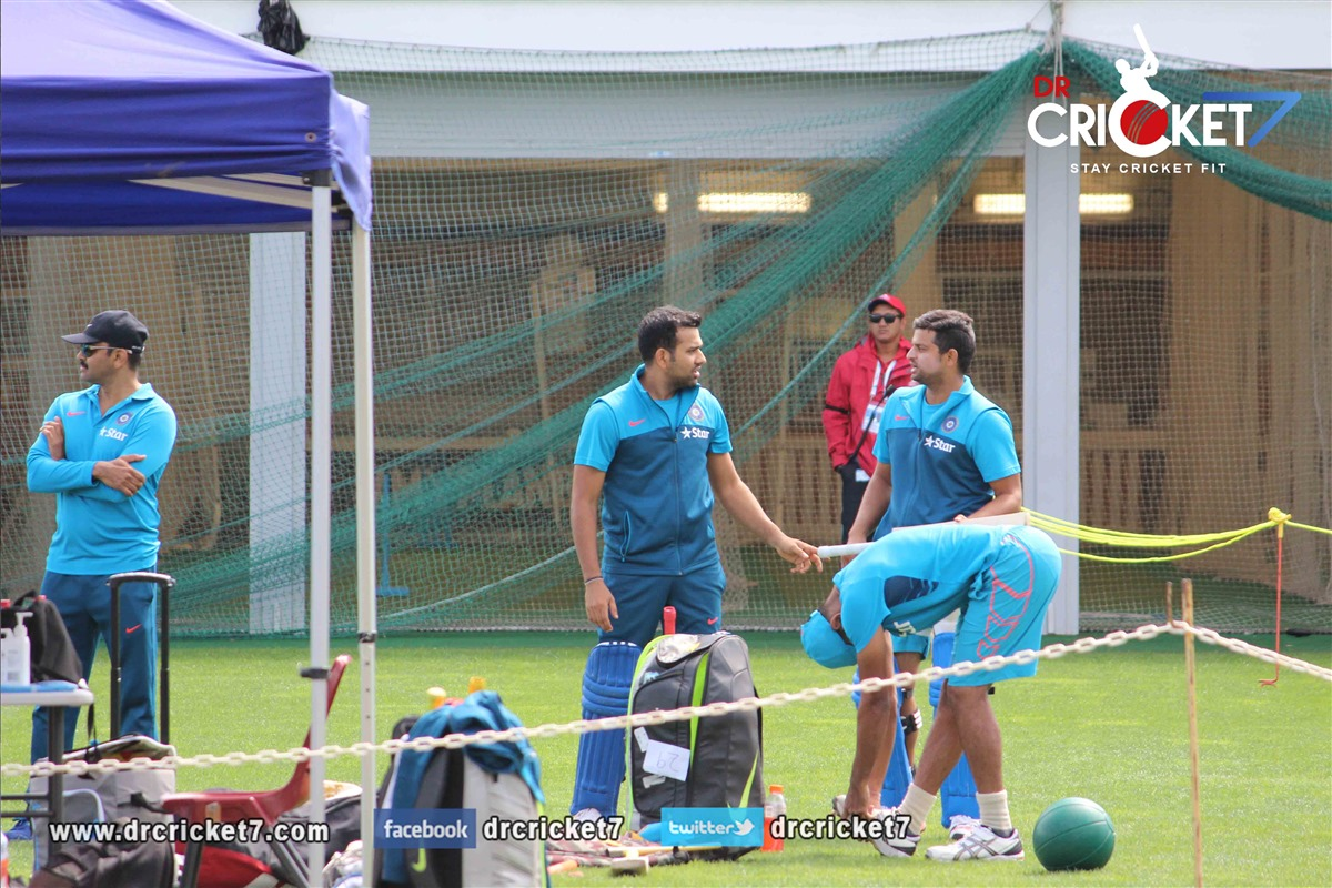 Suresh Raina doing batting practice at the SCG