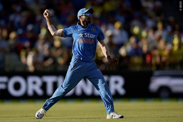 Sloppy Fielding, Wayward Bowling Costing India Dearly