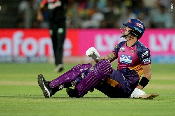 MS Dhoni on Kevin Pietersen: His Injury is 'Blessing in Disguise'