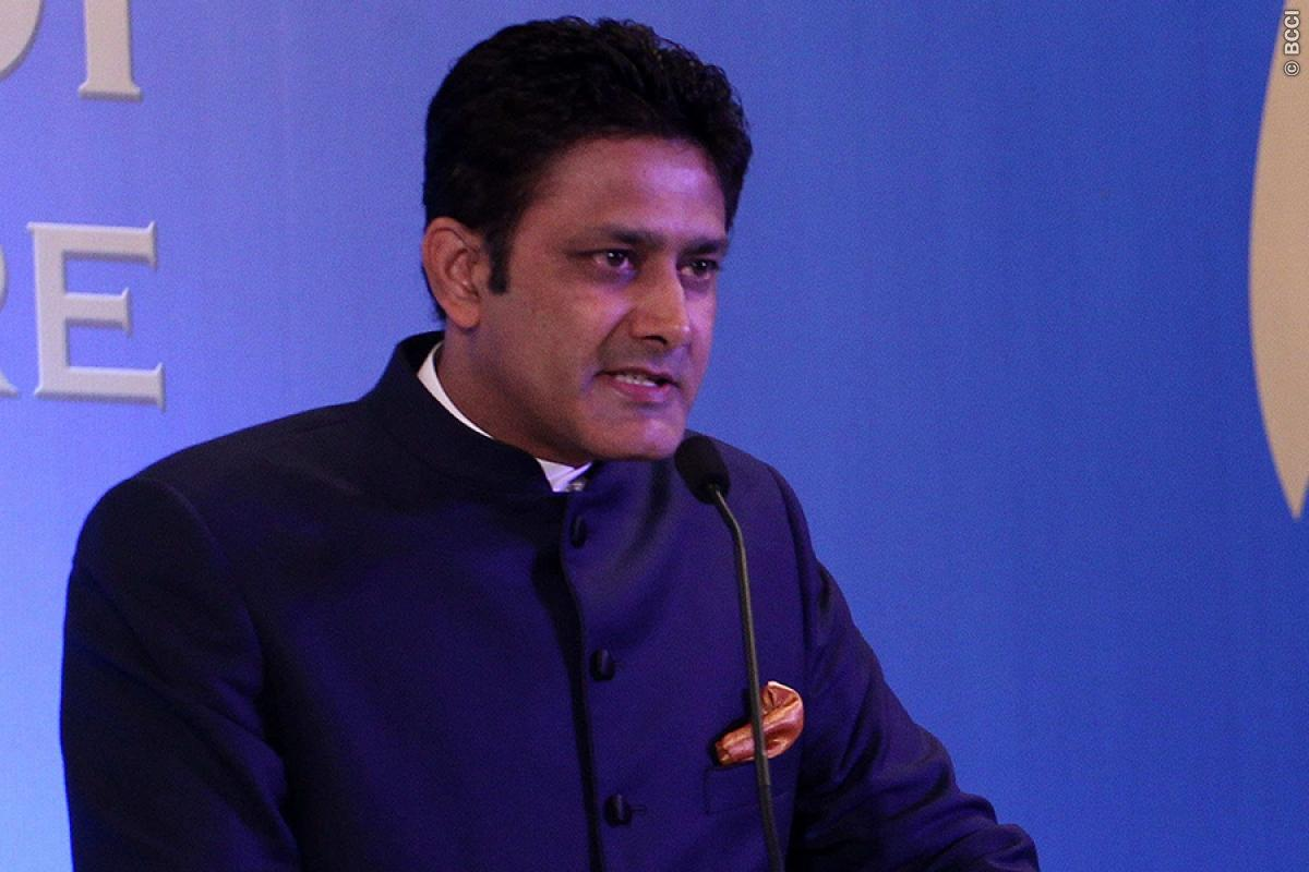 Coach Anil Kumble Reveals he Talked in Length With MS Dhoni