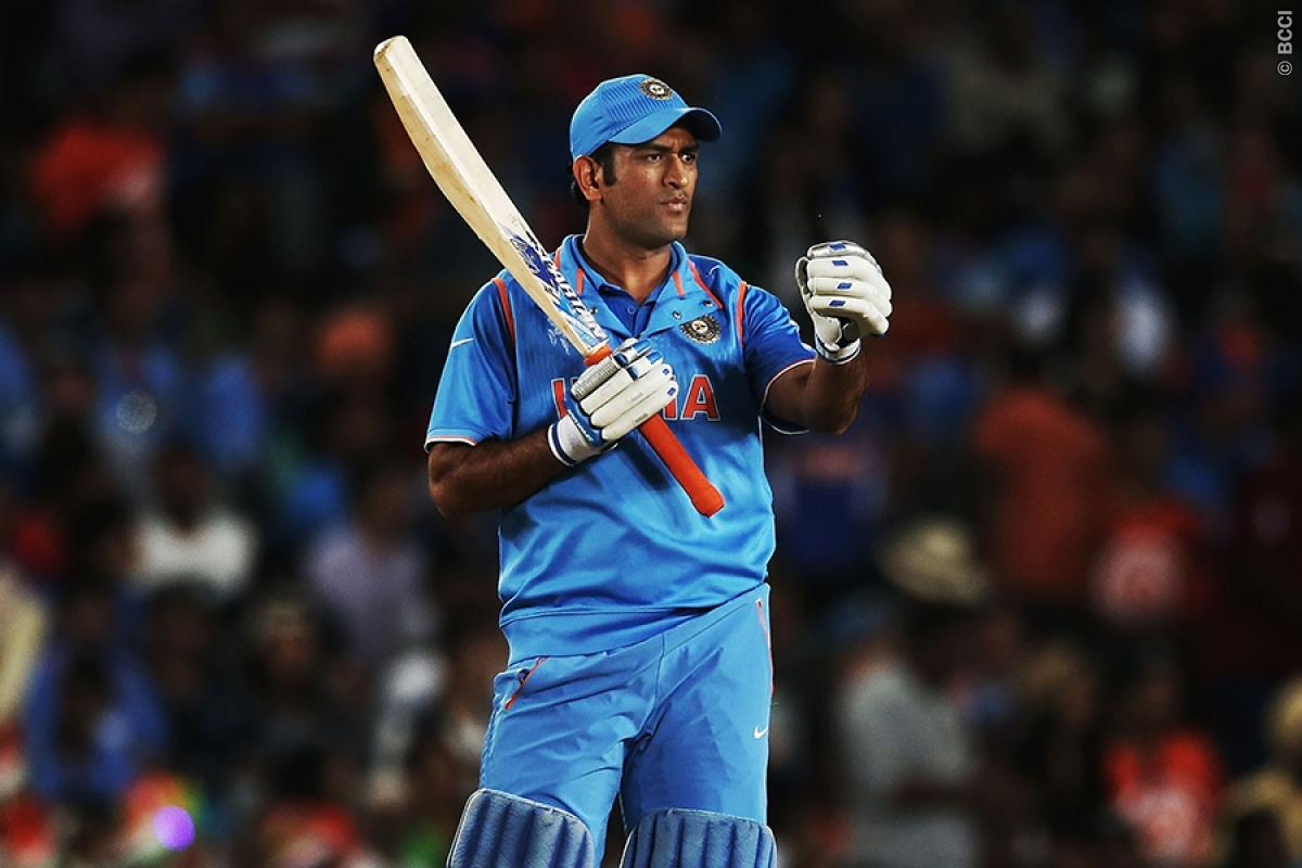 India vs New Zealand 5th ODI: MS Dhoni Takes Part in Lengthy Practice Session