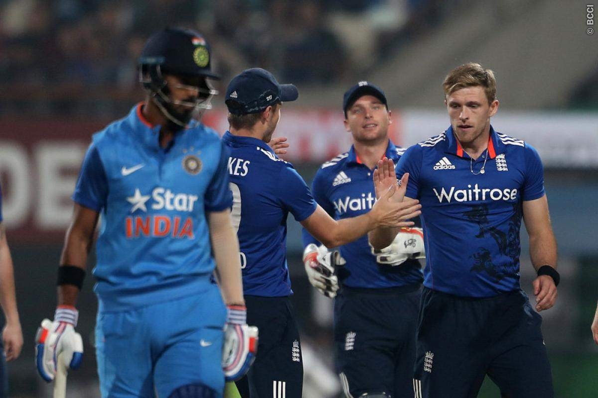 India vs England 1st T20: David Willey Escapes Significant Shoulder Damage