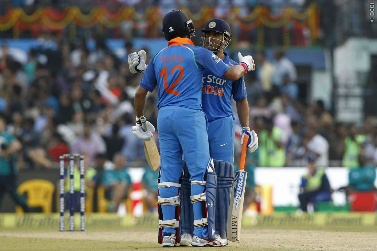 A Complete MS Dhoni-Yuvraj Singh Show in Cuttack