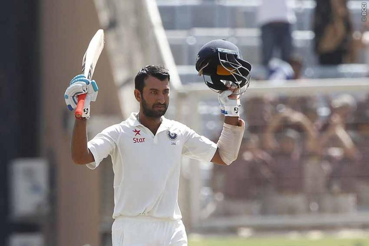 India vs Australia 3rd Test Day 3: Ton-up Cheteshwar Pujara Holds Firmly in Ranchi