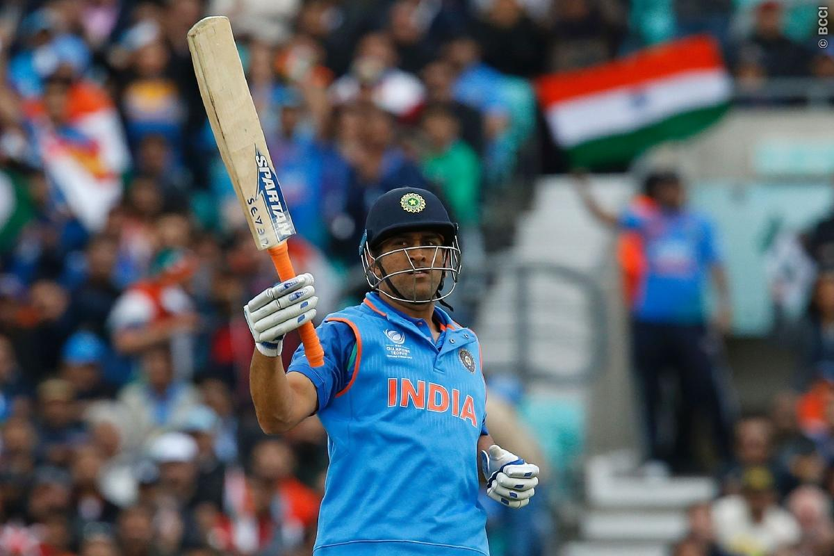 Fans Ask MS Dhoni to Wear Captain's Hat Again!