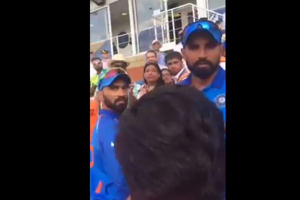 Watch MS Dhoni Pacifies Angry Mohammad Shami