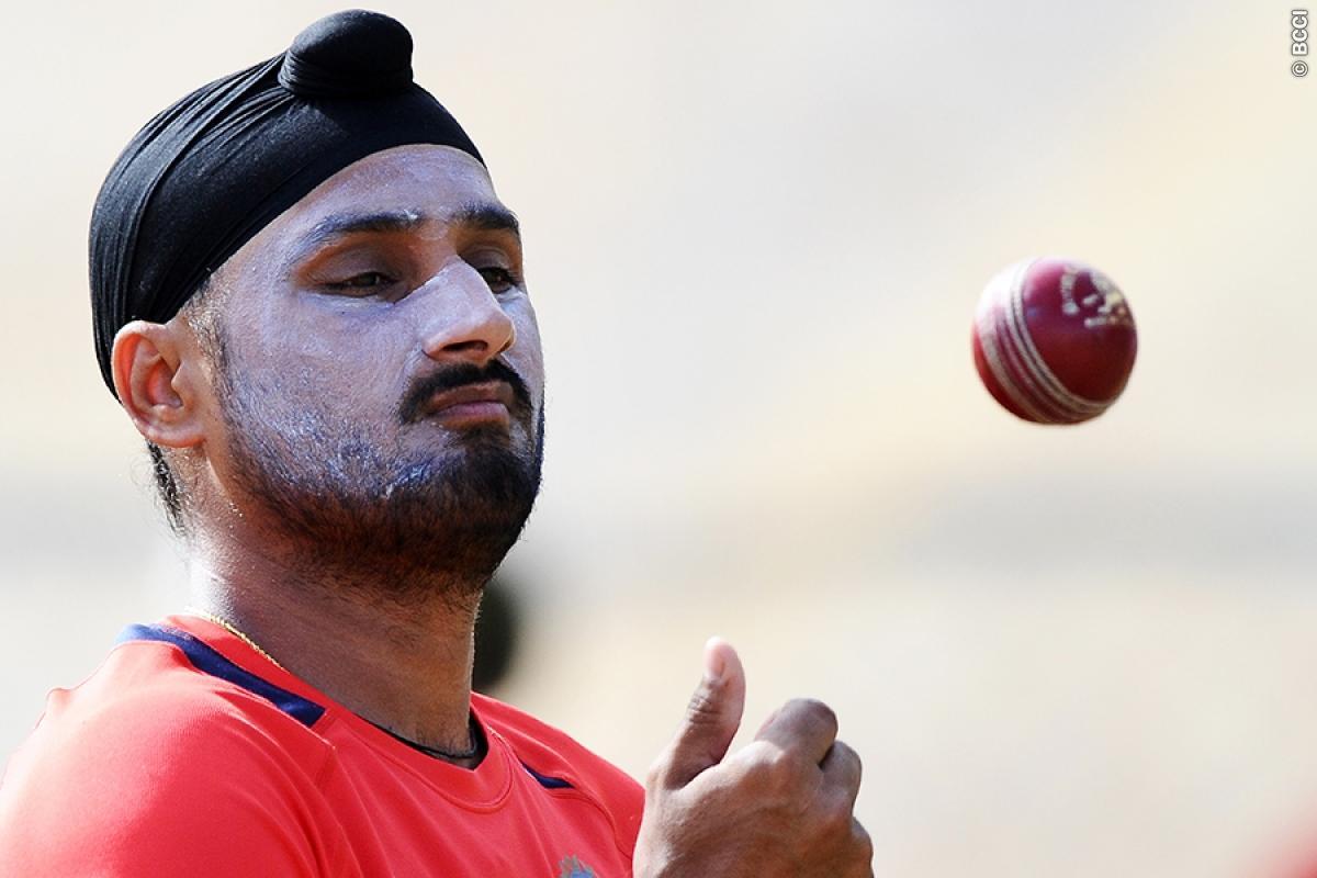 Harbhajan Singh Wants Rahul Dravid & Zaheer Khan to Coach Indian Team