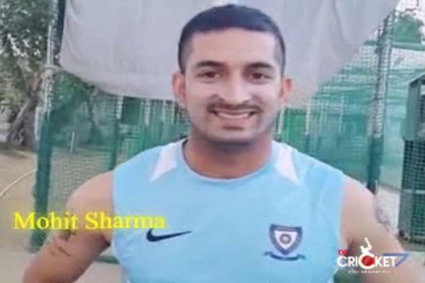 #HappyBirthdayMSDhoni: MS Dhoni Birthday Wishes from Mohit Sharma [VIDEO]