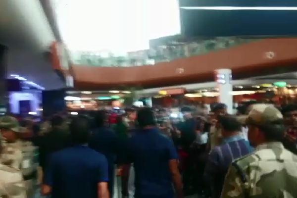 World T20 2016: Indian Cricket Team Leaves for Mohali to face Australia [Video]