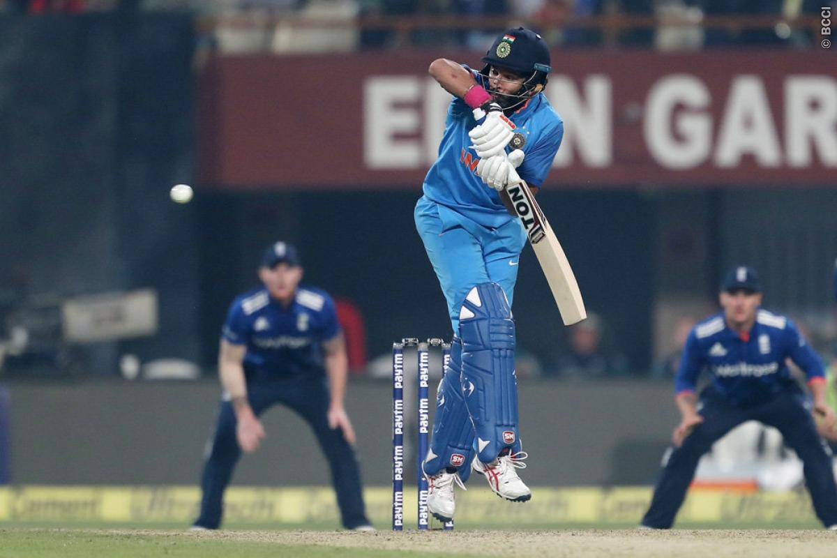 Watch live t20 match india vs england / 100 best comedy movies of 2012