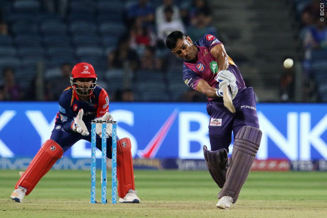 MS Dhoni Needs to Play in his Naturally Aggressive Style