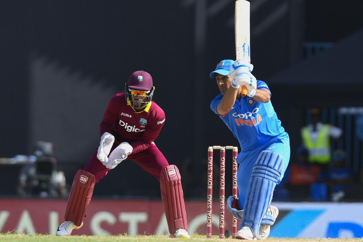 Sanjay Bangar Defends MS Dhoni After 4th ODI Loss