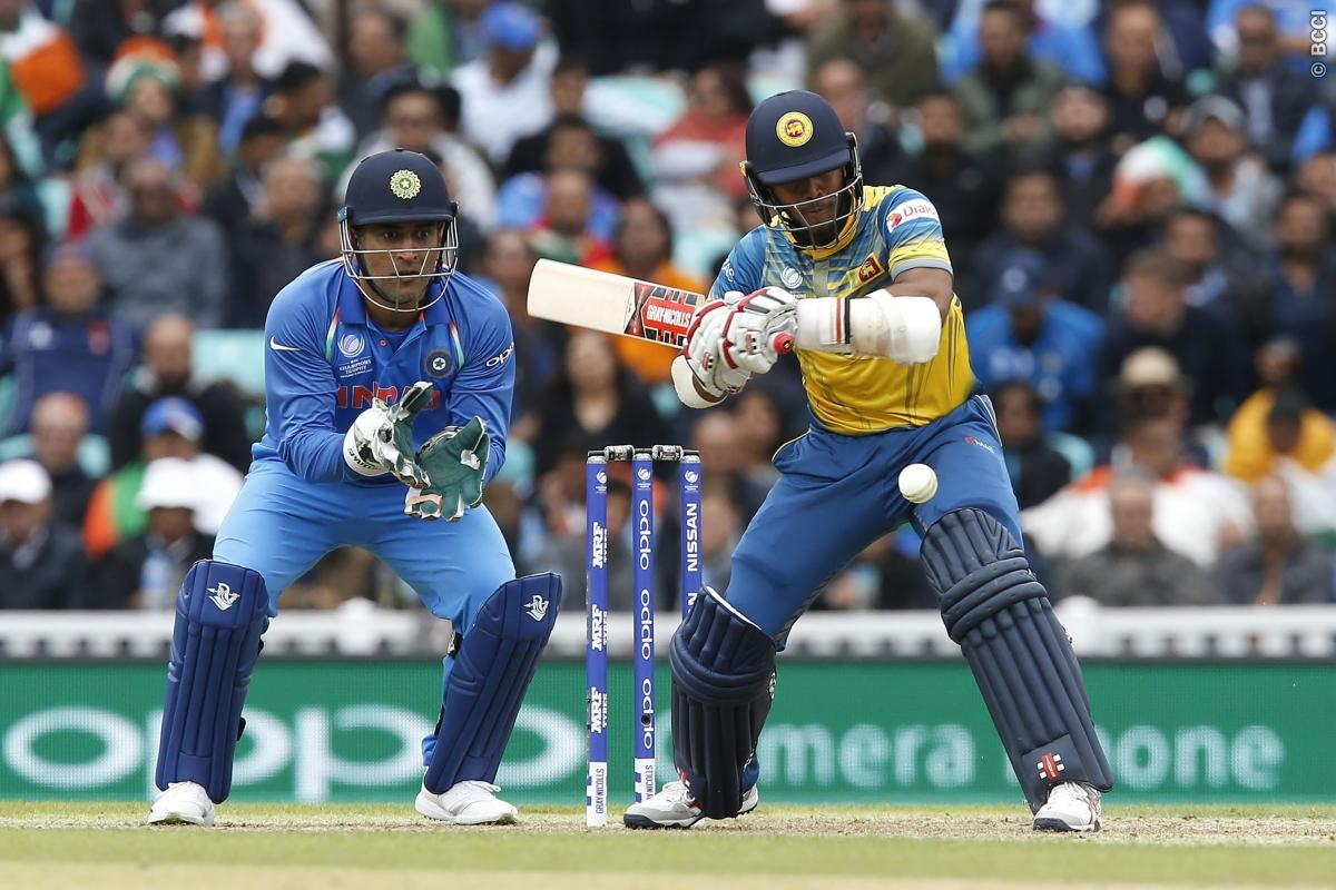 MS Dhoni Pulls Off Another Masterclass Stumping!